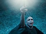Harry-Potter-and-the-Deathly-Hallows-_Part-1-1010